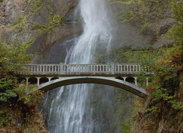 14-mystical-bridges-that-will-take-you-to-another_4